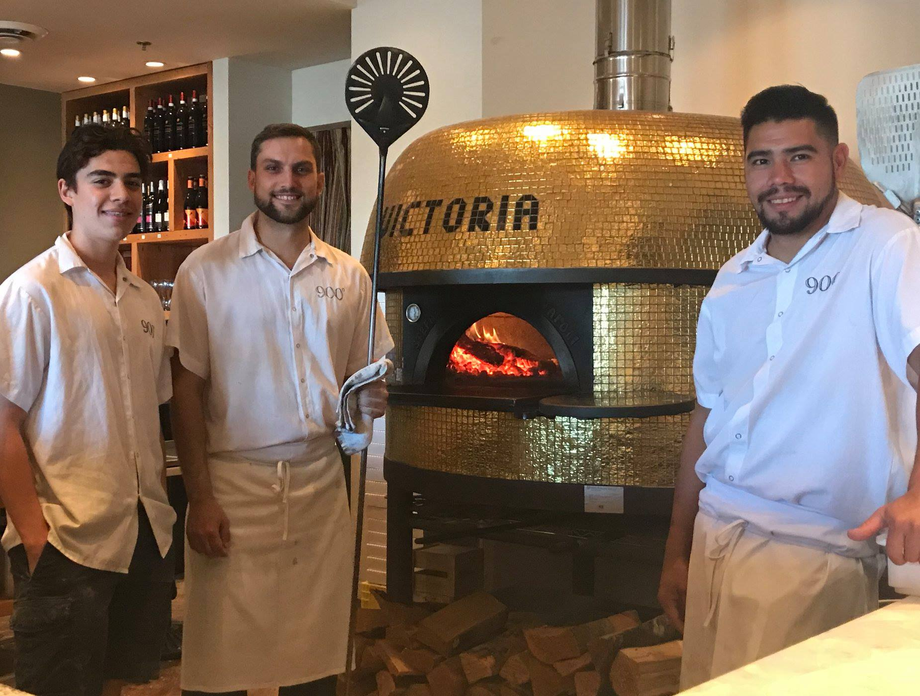 900 Degrees Wood-Fired Pizzeria